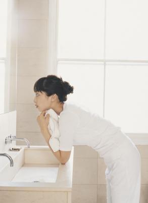 Minimum space in front of a bathroom vanity home guides for Minimum space for bathroom