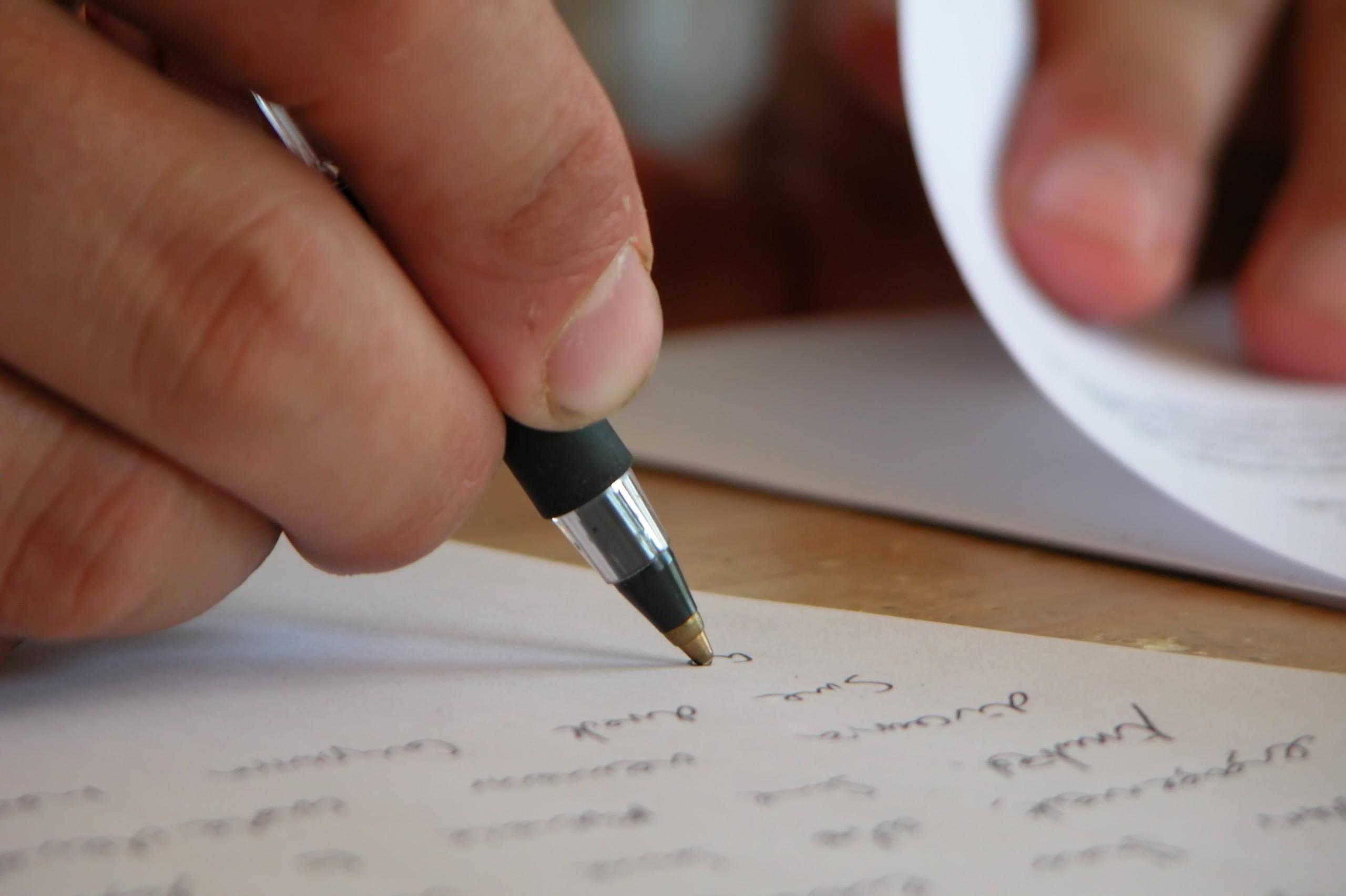 Cómo Escribir Una Carta Para Alguien Que Está En Un Retiro