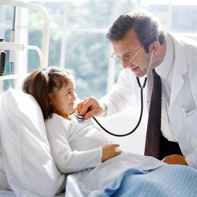 What qualifications do you need to be a pediatric surgeon?