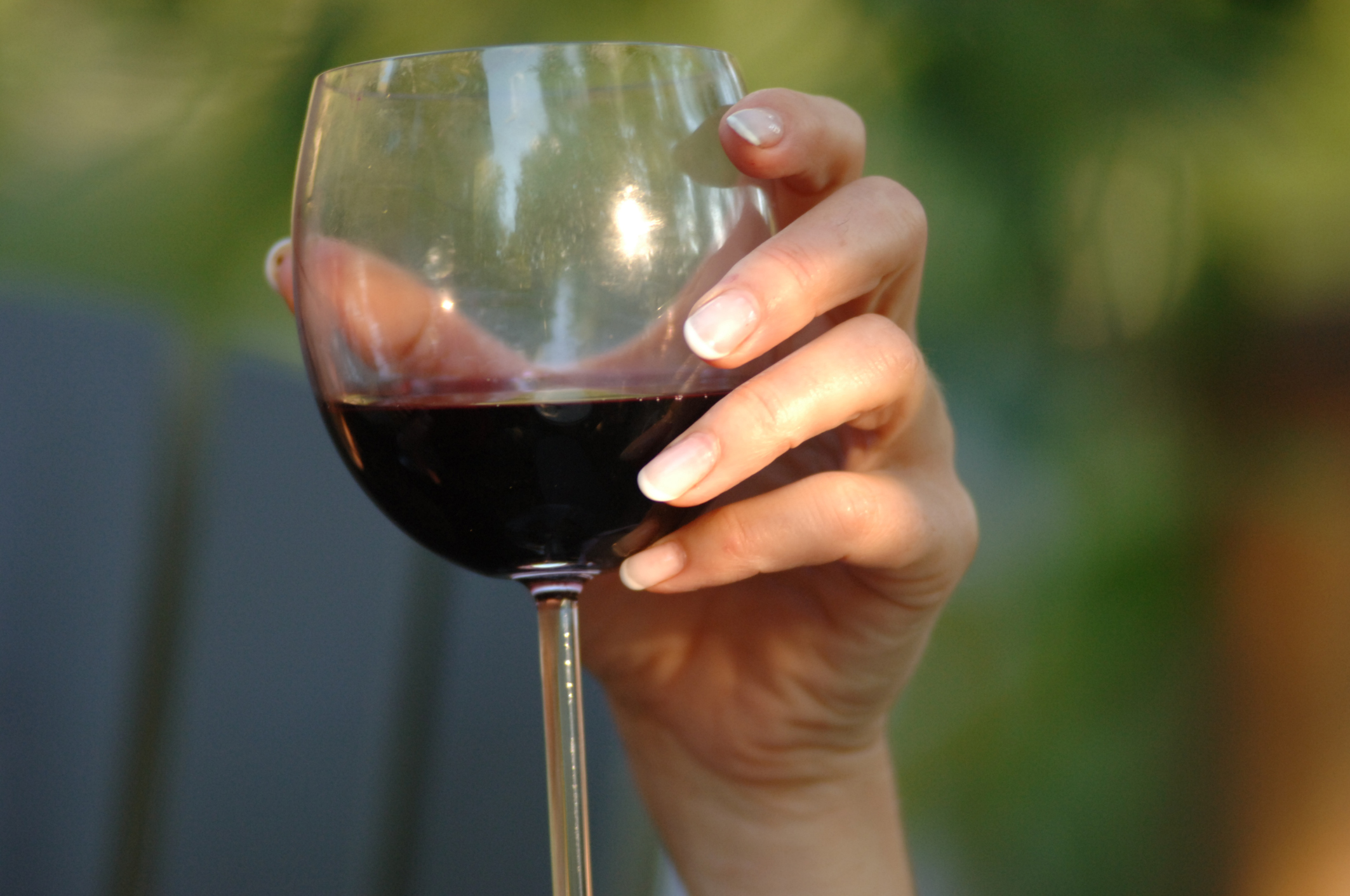 can beer or wine cause facial rash