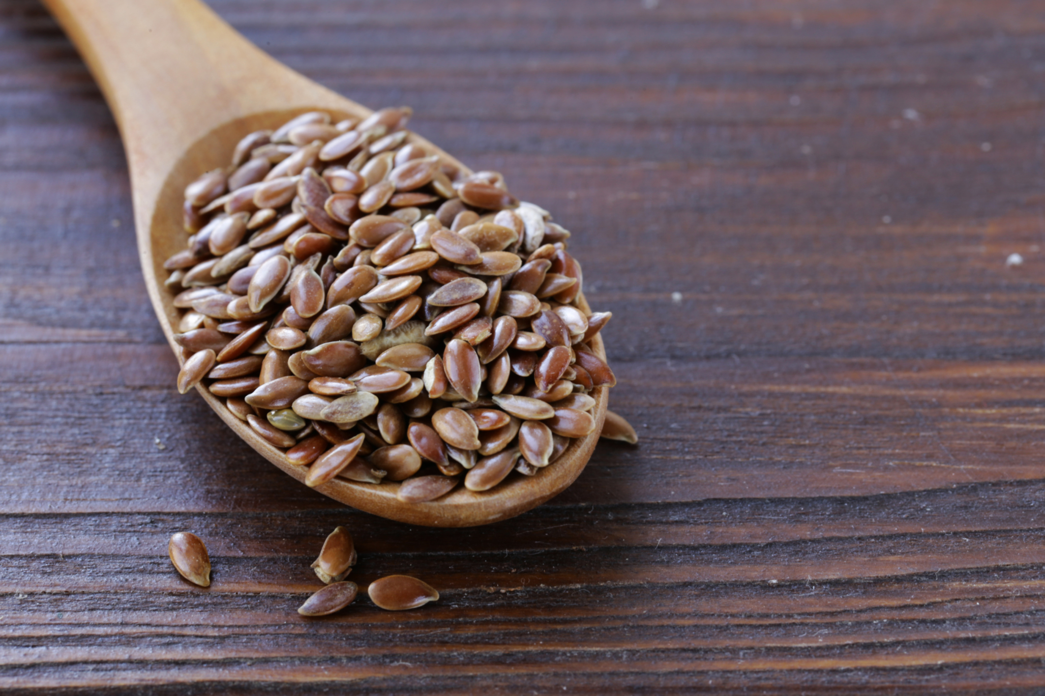 What is useful for flaxseed for women and how it is used in traditional medicine