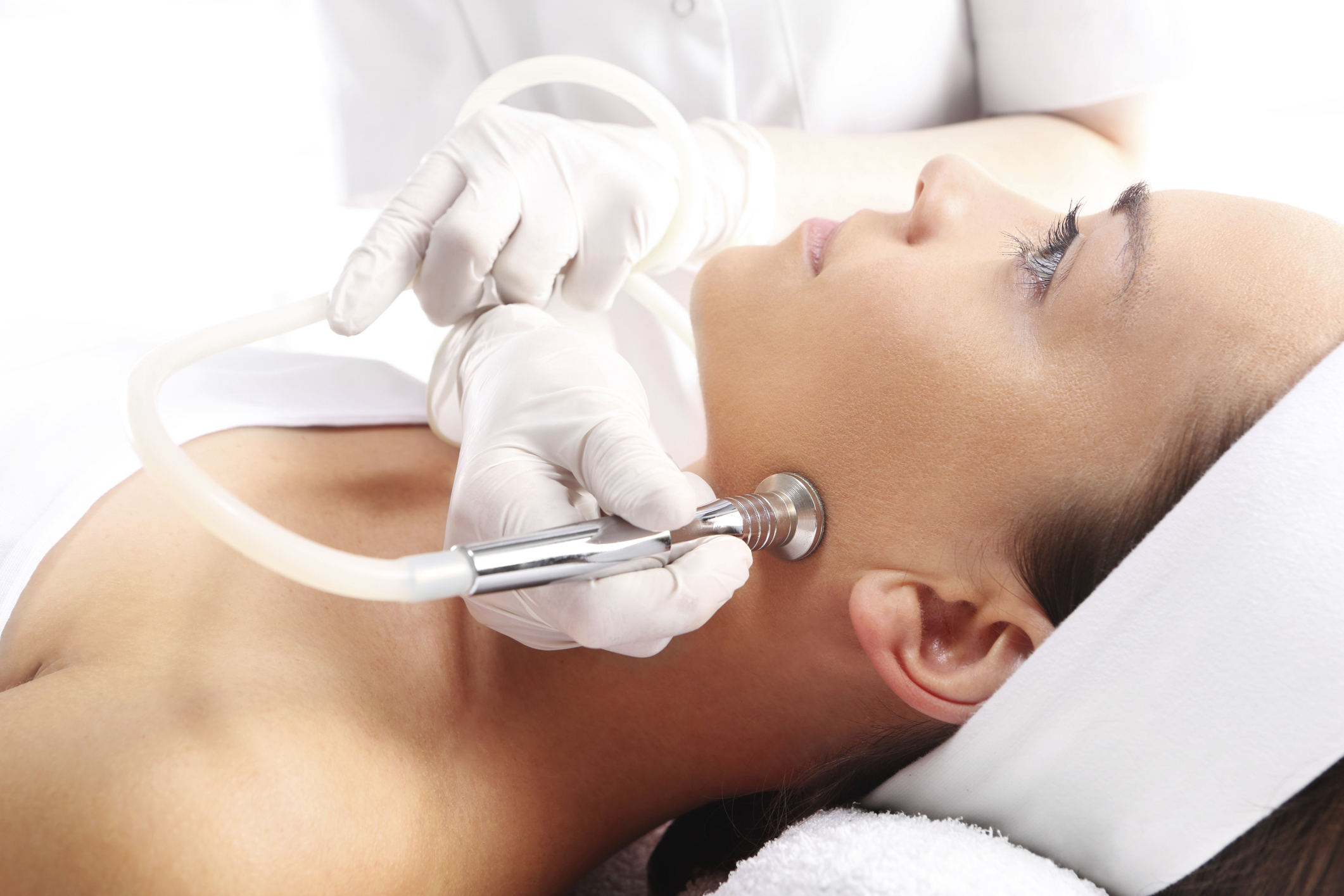 How Can I Get Rid of Scarring From Electrolysis?