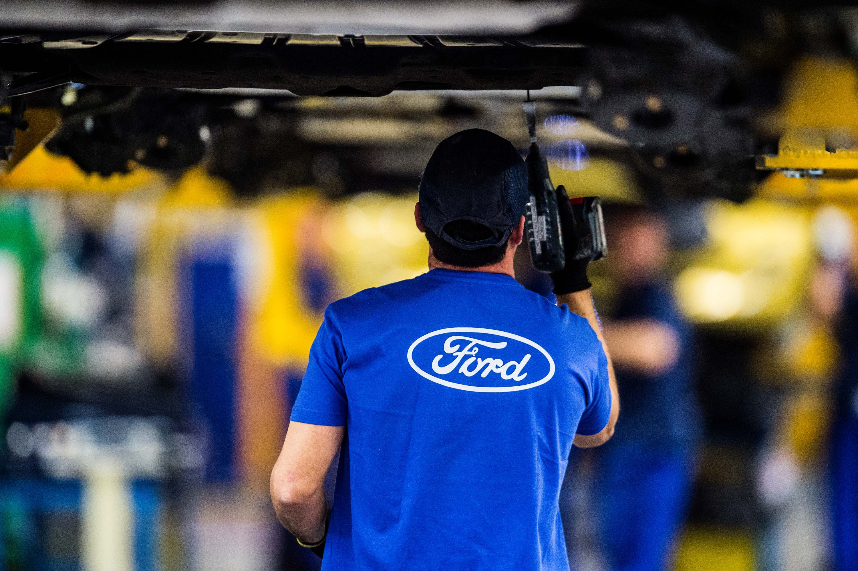 how to get into the ford motor apprenticeship program
