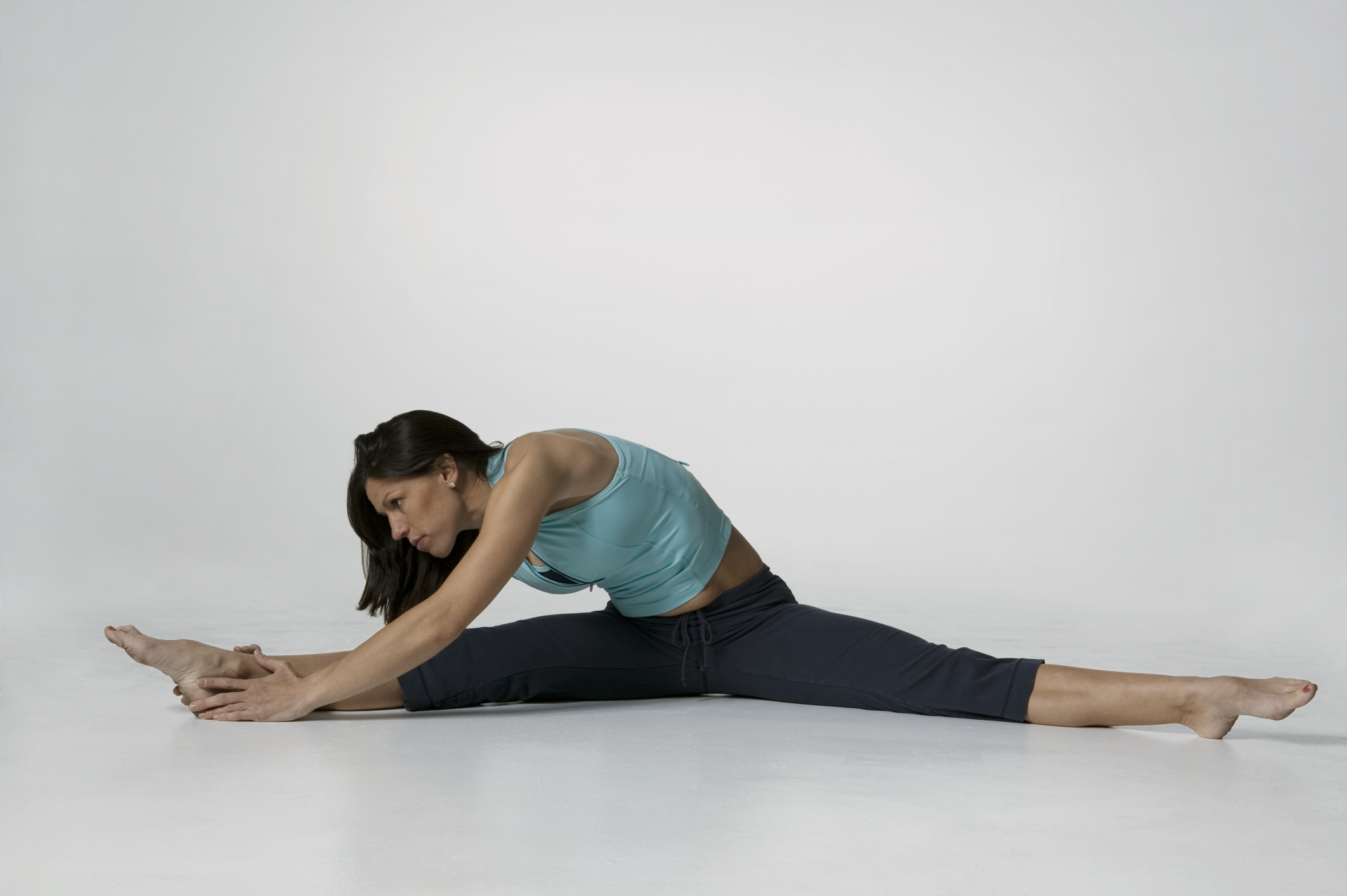 How to immediately sit on the splits 43