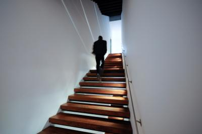 21 flights of stairs burns how many calories