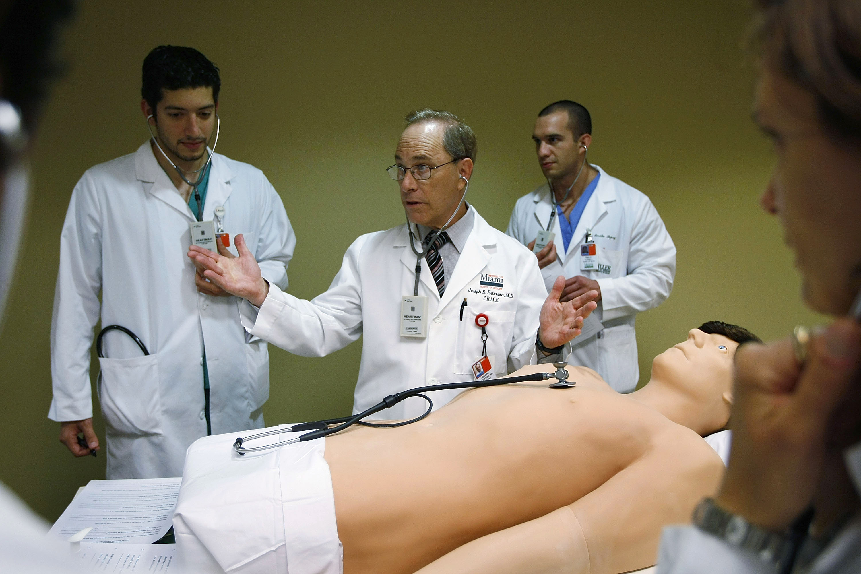 characteristics of a cardiologist
