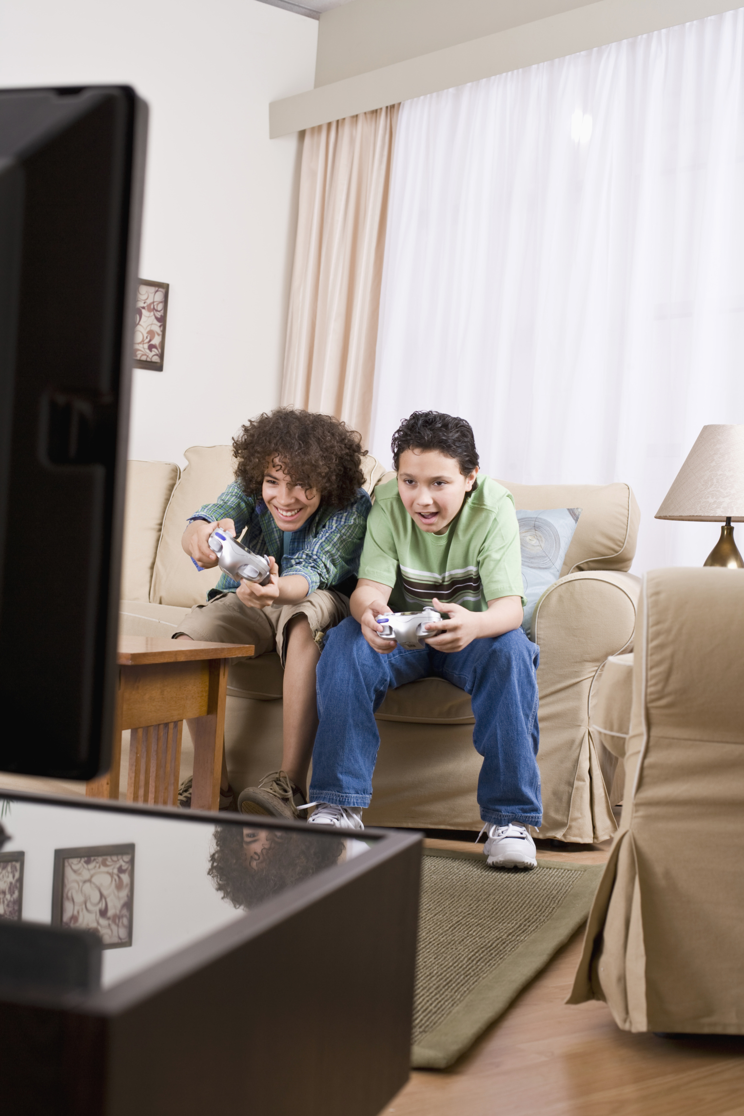 positive effects of video games on children Read about the health benefits of video games for children with a learning or attention issue, such as adhd a video game can have positive effects on.