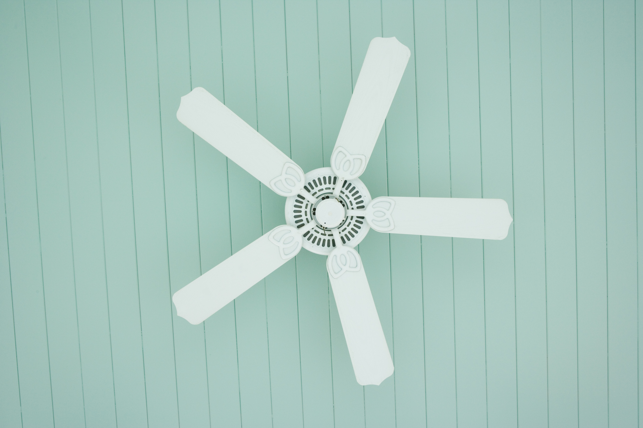 The Pros Amp Cons Of Sleeping With A Fan On Healthfully