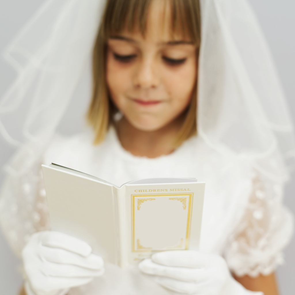 How To Make A First Communion Veil Synonym