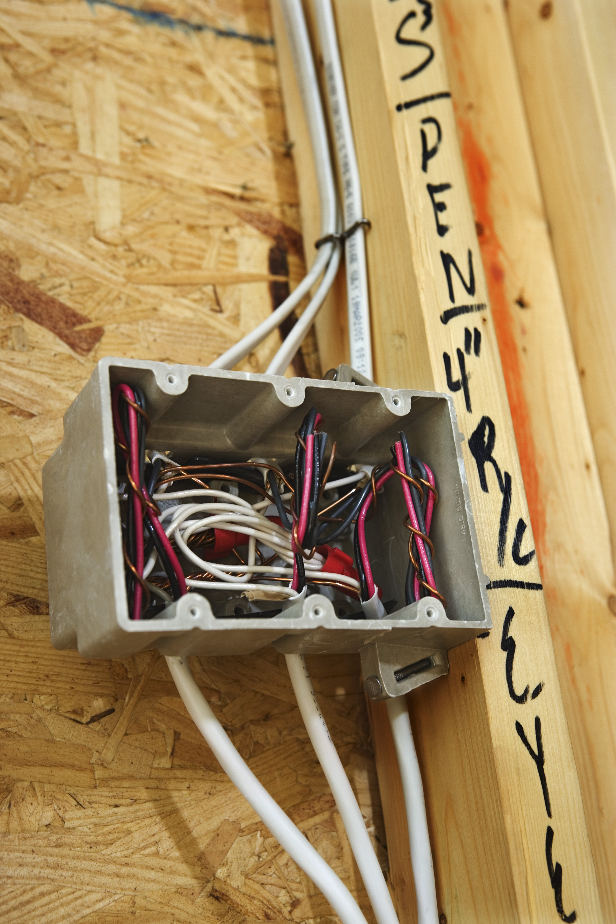 How Often Do I Need A Junction Box When Wiring Room Ehow To Wire Electrical