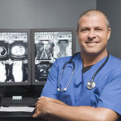 What Is the Difference Between a Radiographer & a Radiologist ...