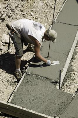 Average wage for a concrete technician for What temperature to pour concrete outside
