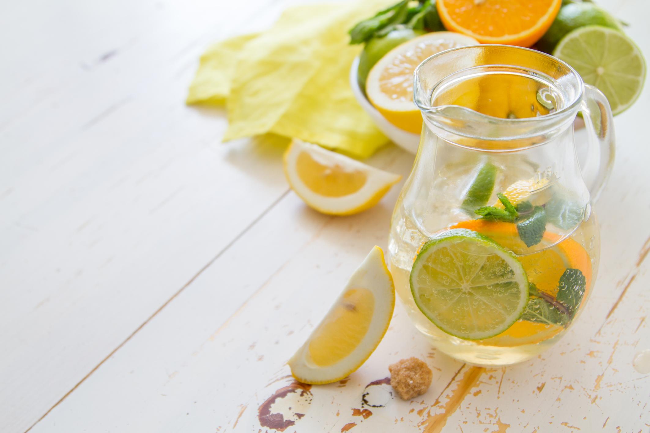 Advantages & Disadvantages of the Alkaline Diet