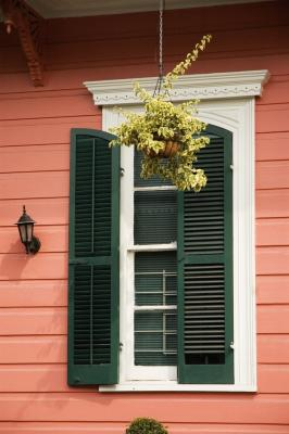 How To Choose The Color For A House S Shutters Home