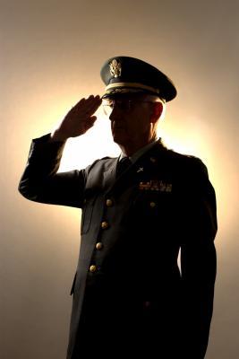 Resume Tips for a Warrant Officer Packet | Chron.com