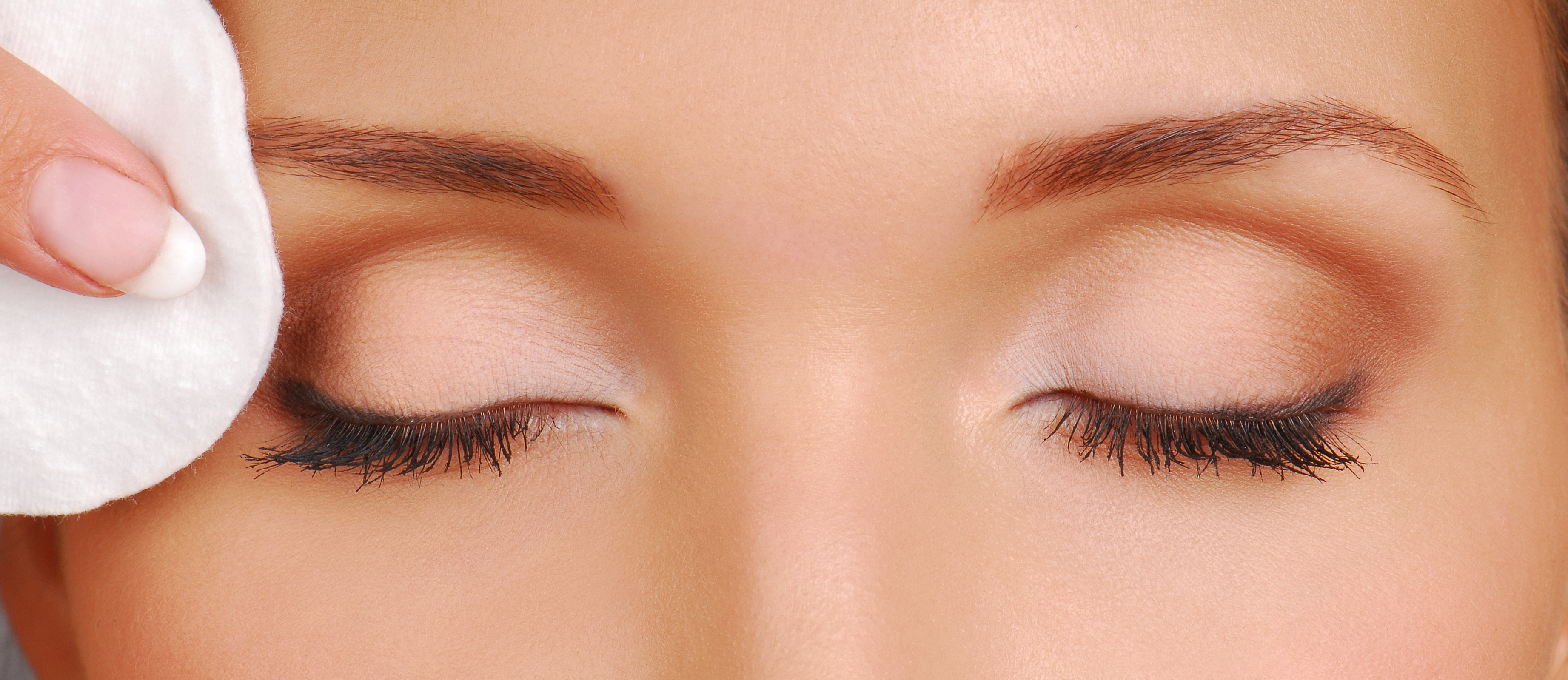 How to Get Soft Eyebrows | LEAFtv