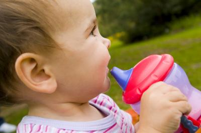 How Much Fluid Should A Toddler Drink