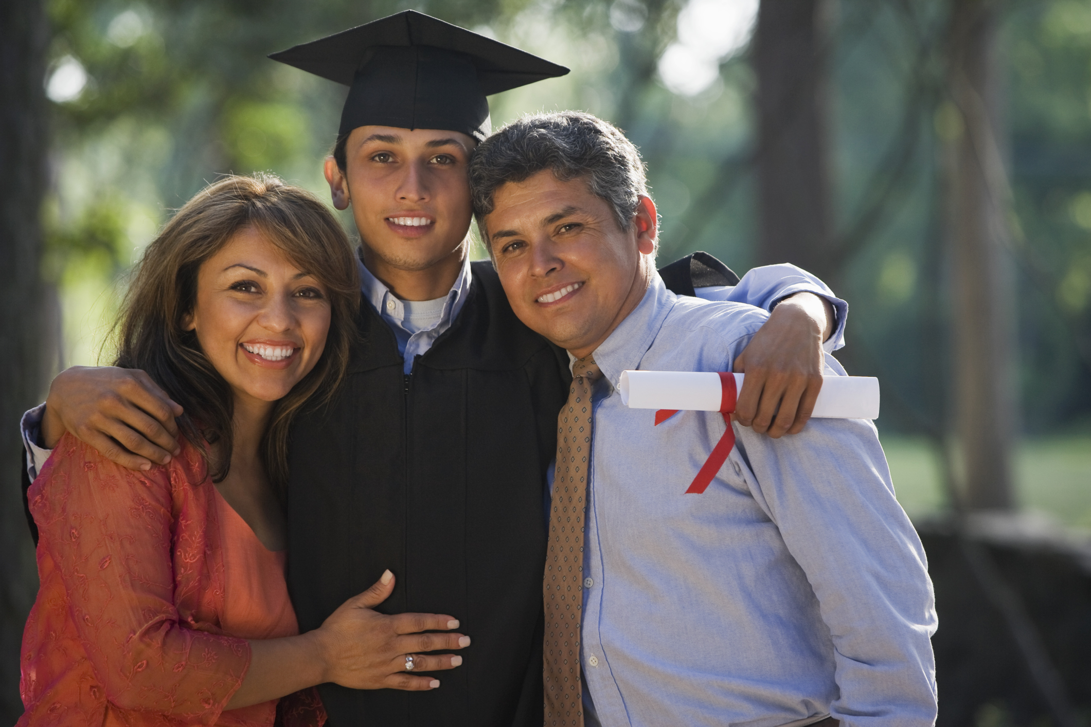 Proper Attire for High School Graduation | LIVESTRONG.COM