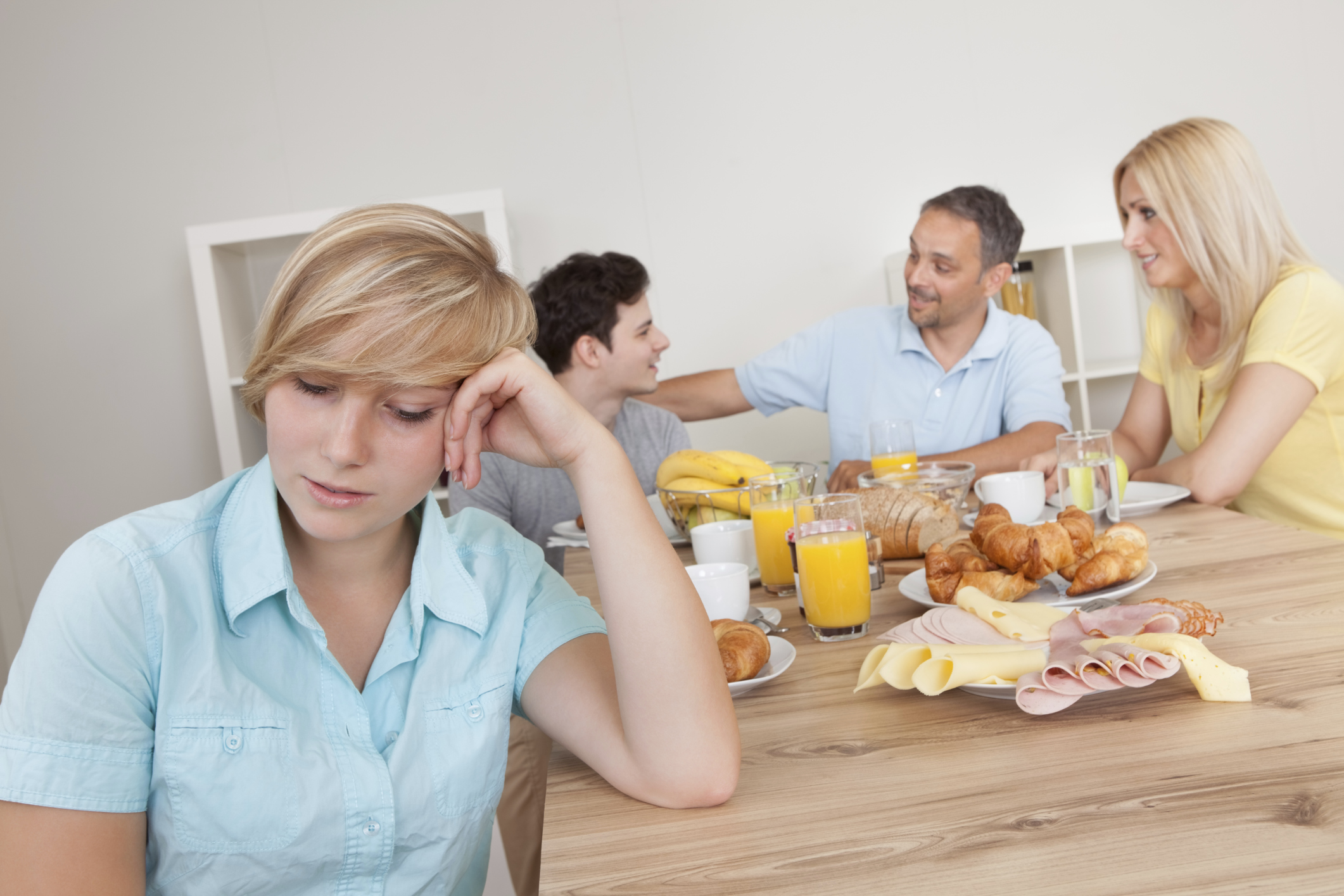 Lack of appetite and nausea: how to fight