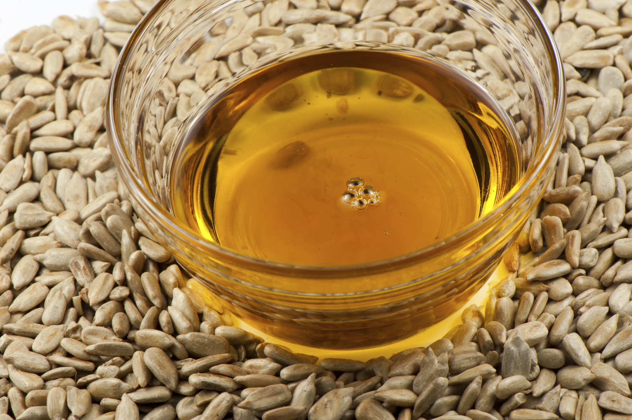 Sunflower oil: calories in a tablespoon, in a teaspoon, per 100 grams 49