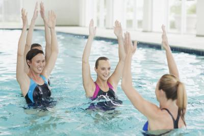 Which Burns More Calories Walking Or Water Aerobics