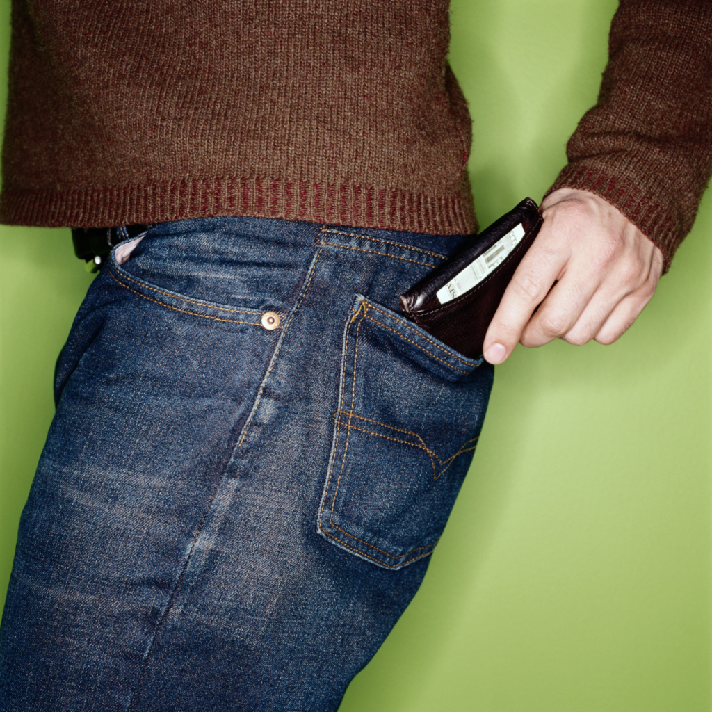 Para estrenar bca4d 0eb34 Cómo saber si una billetera Louis Vuitton de hombre es real