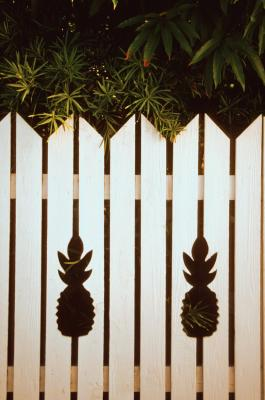 Painting White Vinyl Fencing Home Guides Sf Gate