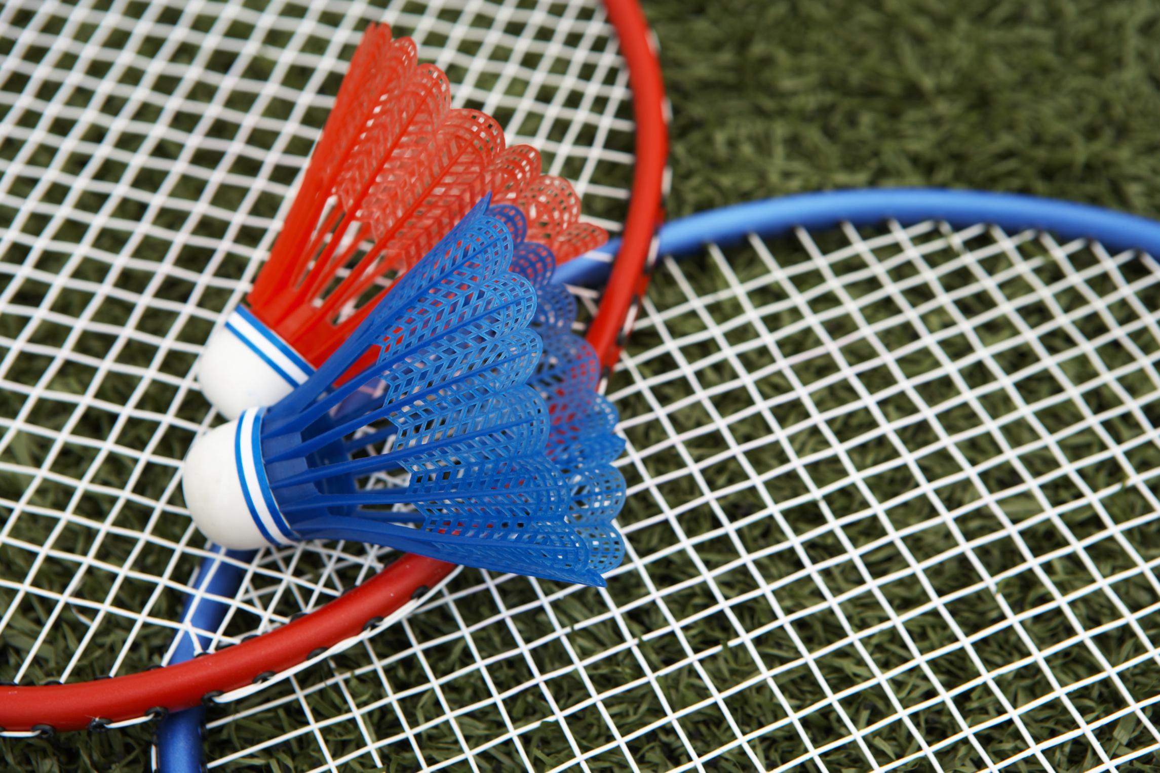 How To Assemble A Badminton Set