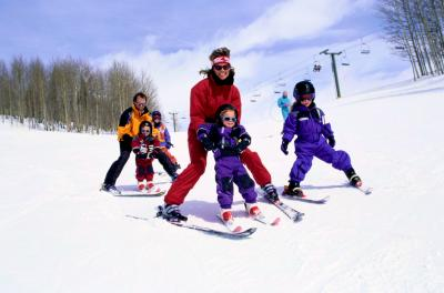 How To Take A Toddler To Colorado For Skiing Usa Today