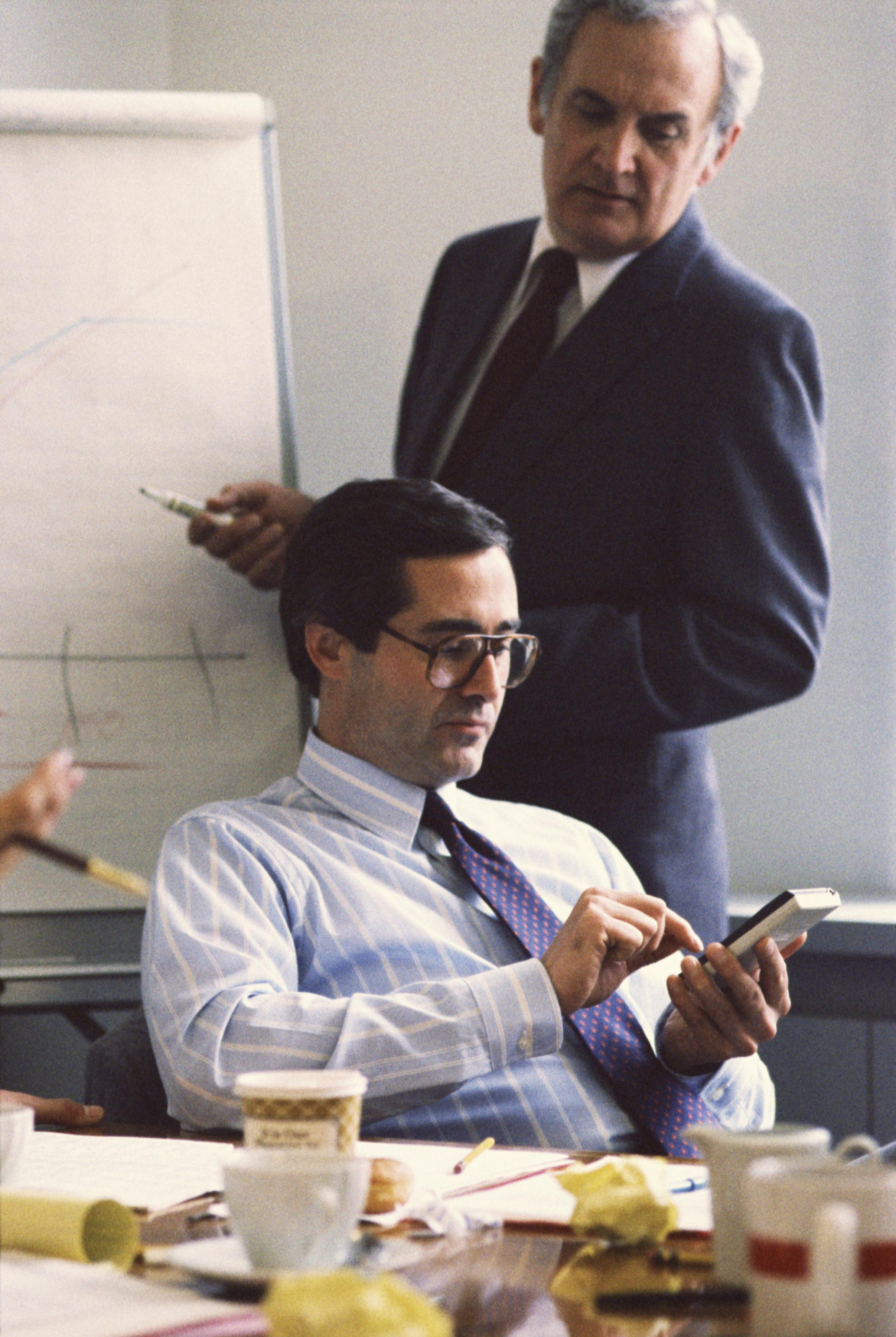 Job Description Amp Salary Of A Senior Financial Analyst