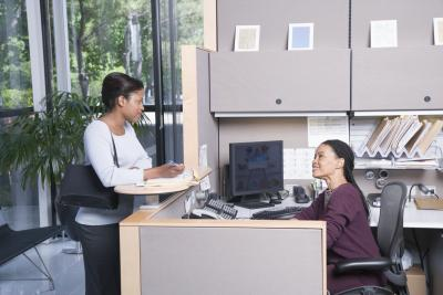La diferencia entre una secretaria y una secretaria for Funciones de una oficina wikipedia