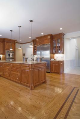 How To Decorate A Kitchen With White Appliances Amp Oak