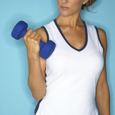 Exercises With Hand Weights to Strengthen the Neck & Shoulder Muscles