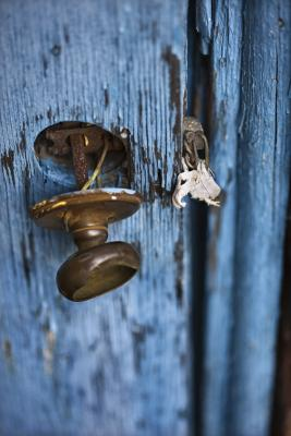 How To Adjust A Door Knob Home Guides Sf Gate