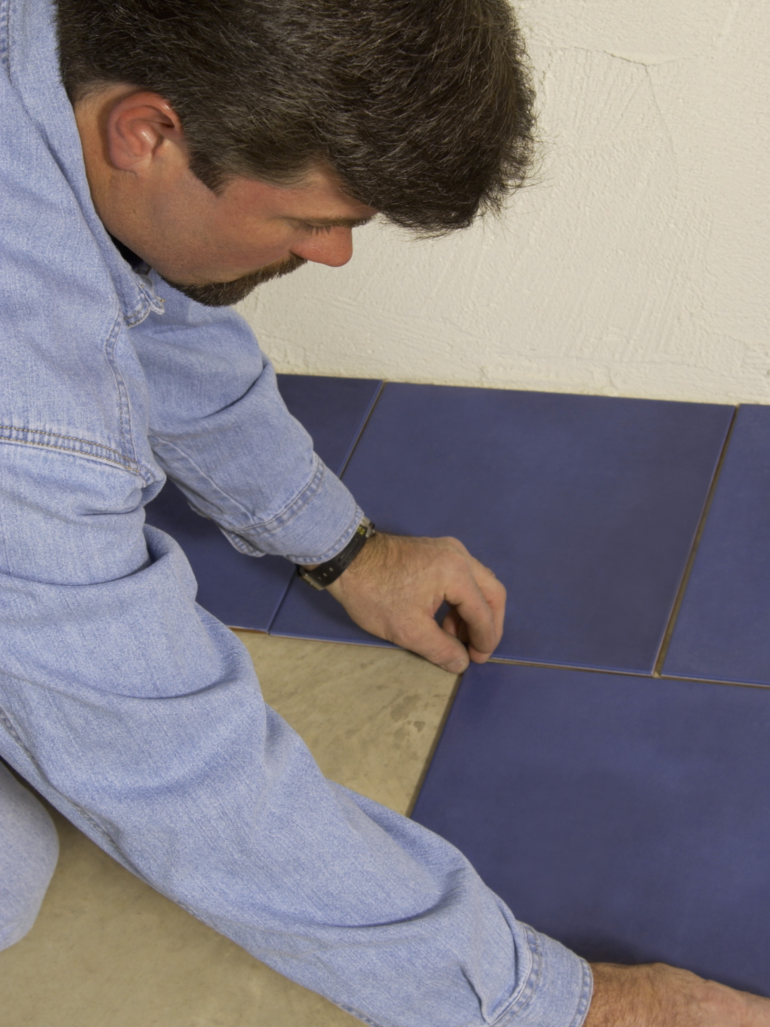 How to price a ceramic tile job chron dailygadgetfo Image collections