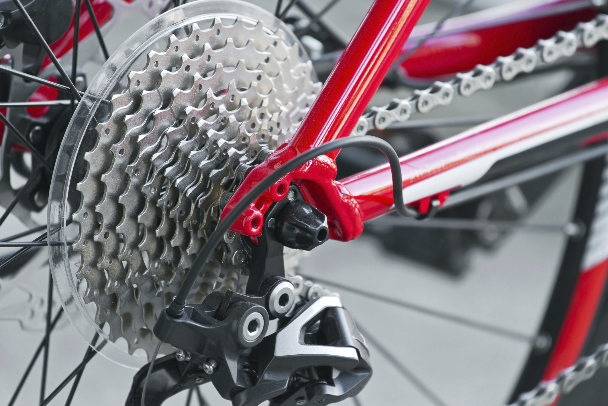 How To Use Gears On An 18 Speed Bicycle Livestrong