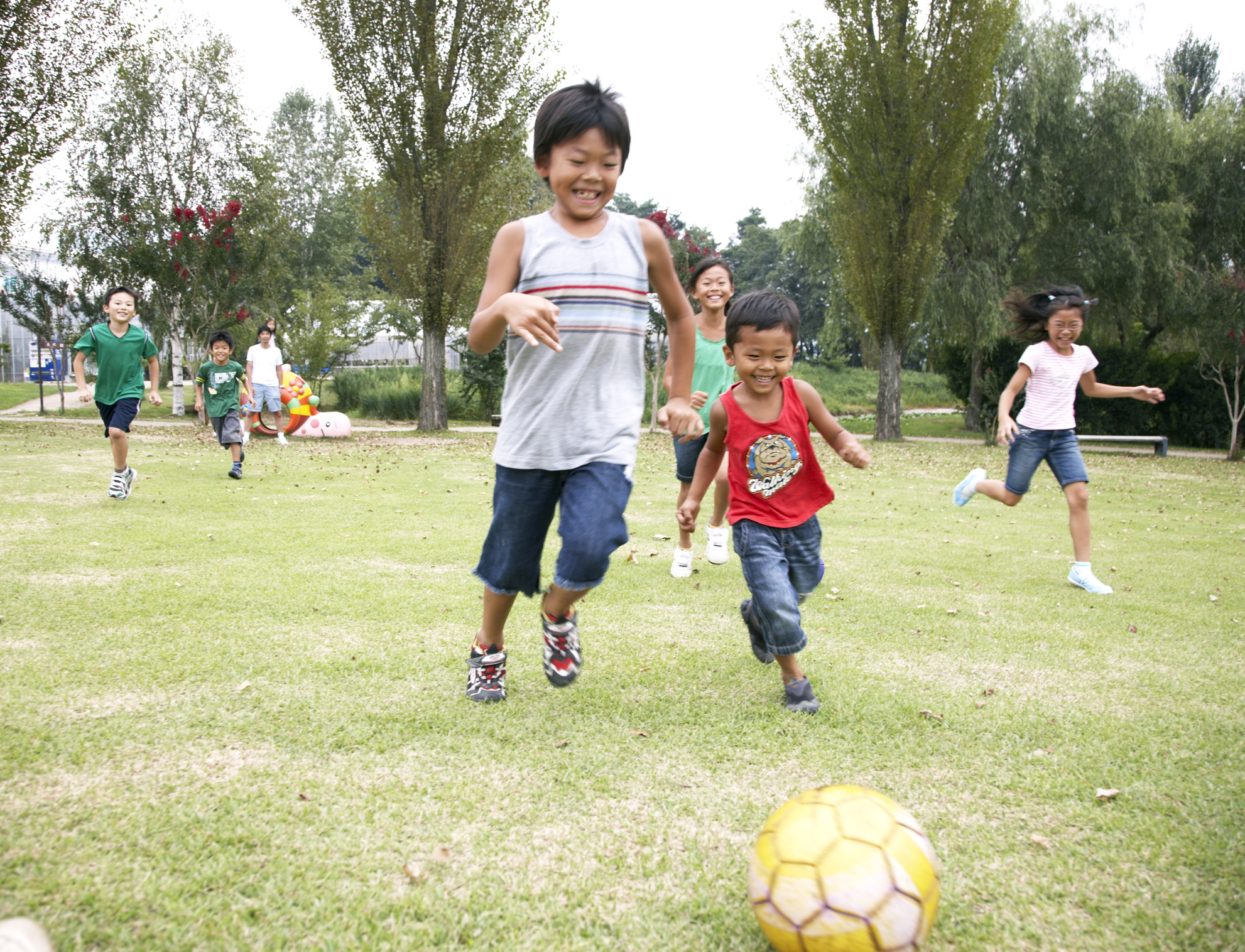 I Say Beginning Soccer Drills But Most Of These Are Really Games Will Help Kids Age 3 6 Or Older Build Their