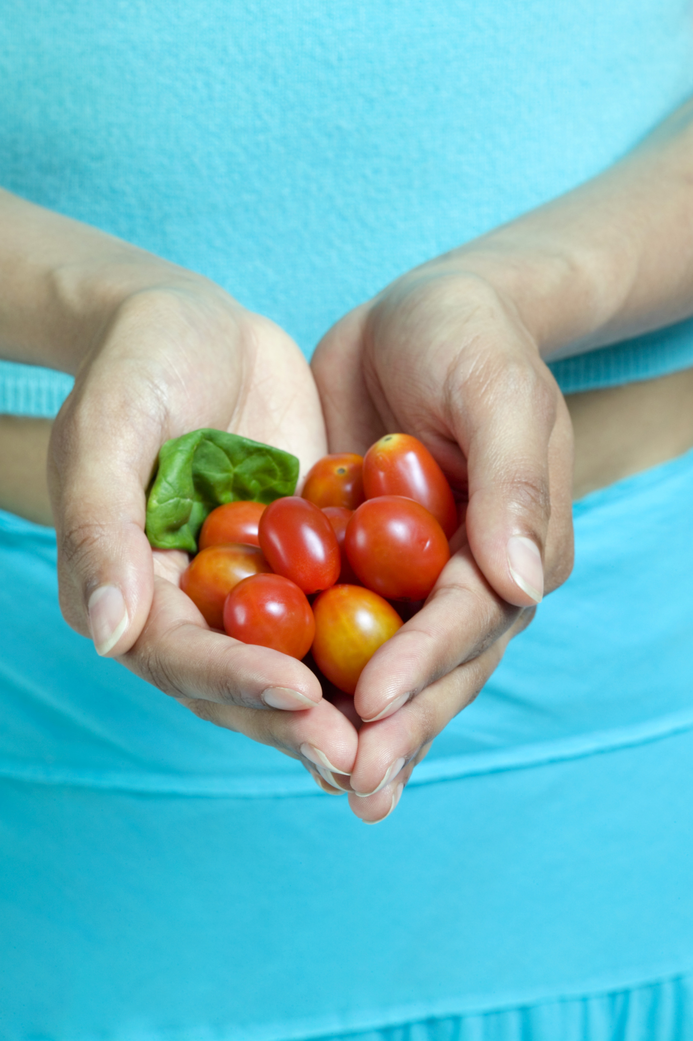 Cherry tomatoes have the least amount of fiber among tomatoes.