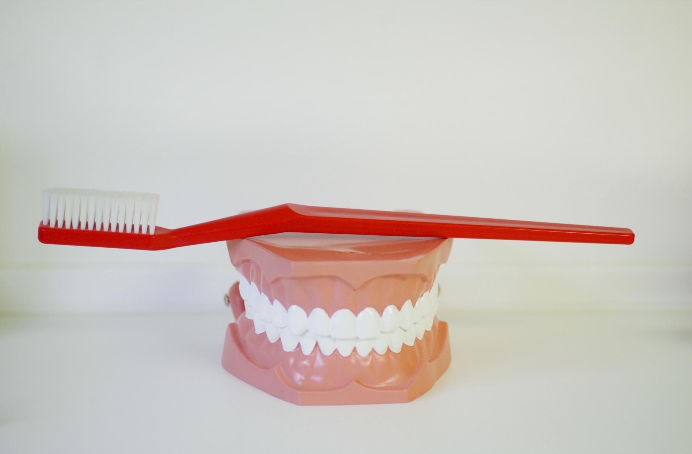 Produtos Que Podem Clarear Dentes De Porcelana