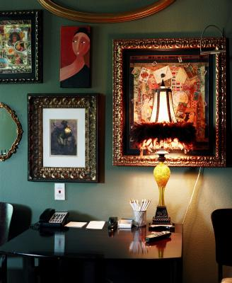 How to Reduce the Glare on Picture Frames | Home Guides ...