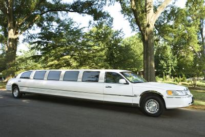 Qualifications For A Limo Driver