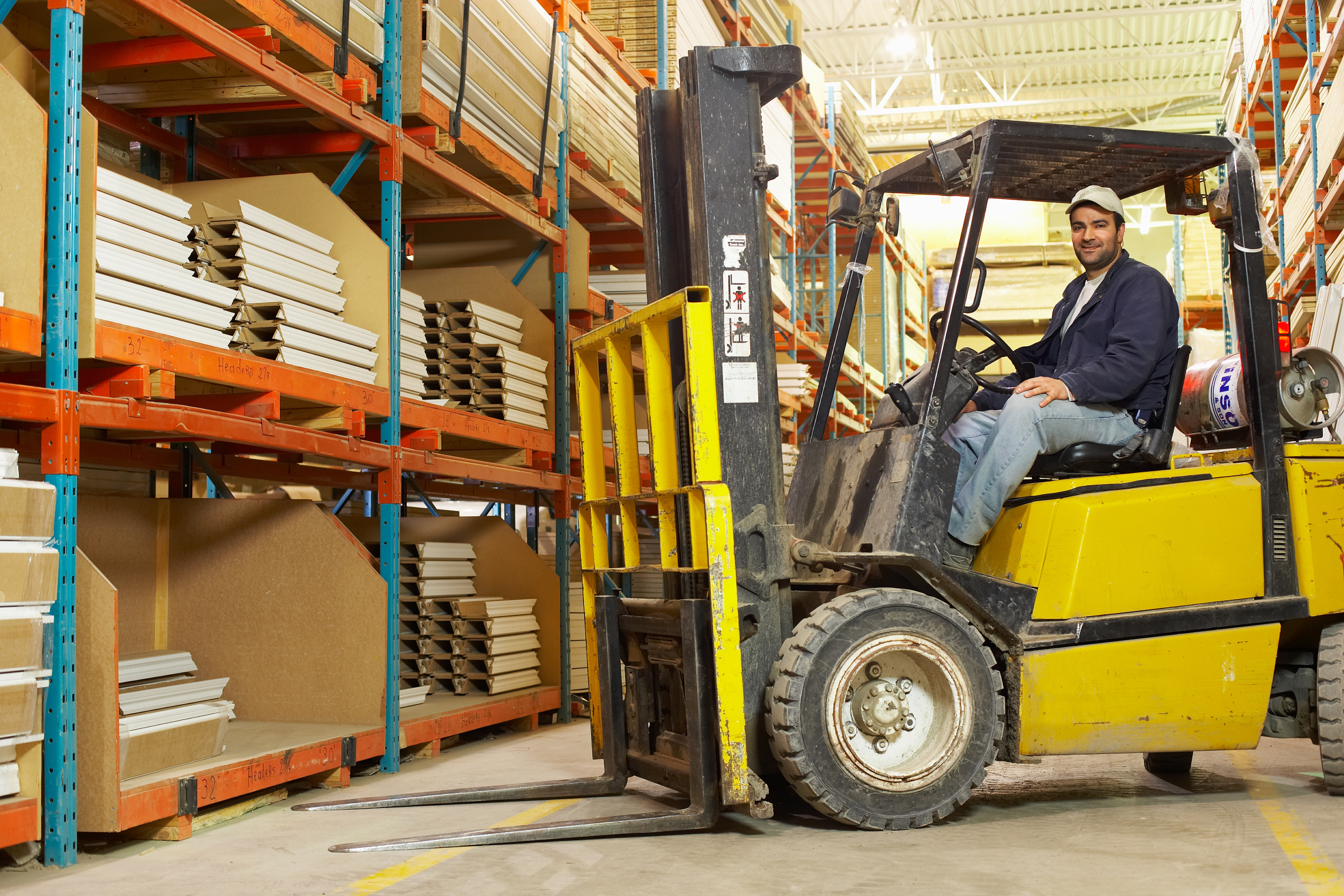 what is a forklift drivers job description career trend - Duties Of A Forklift Operator