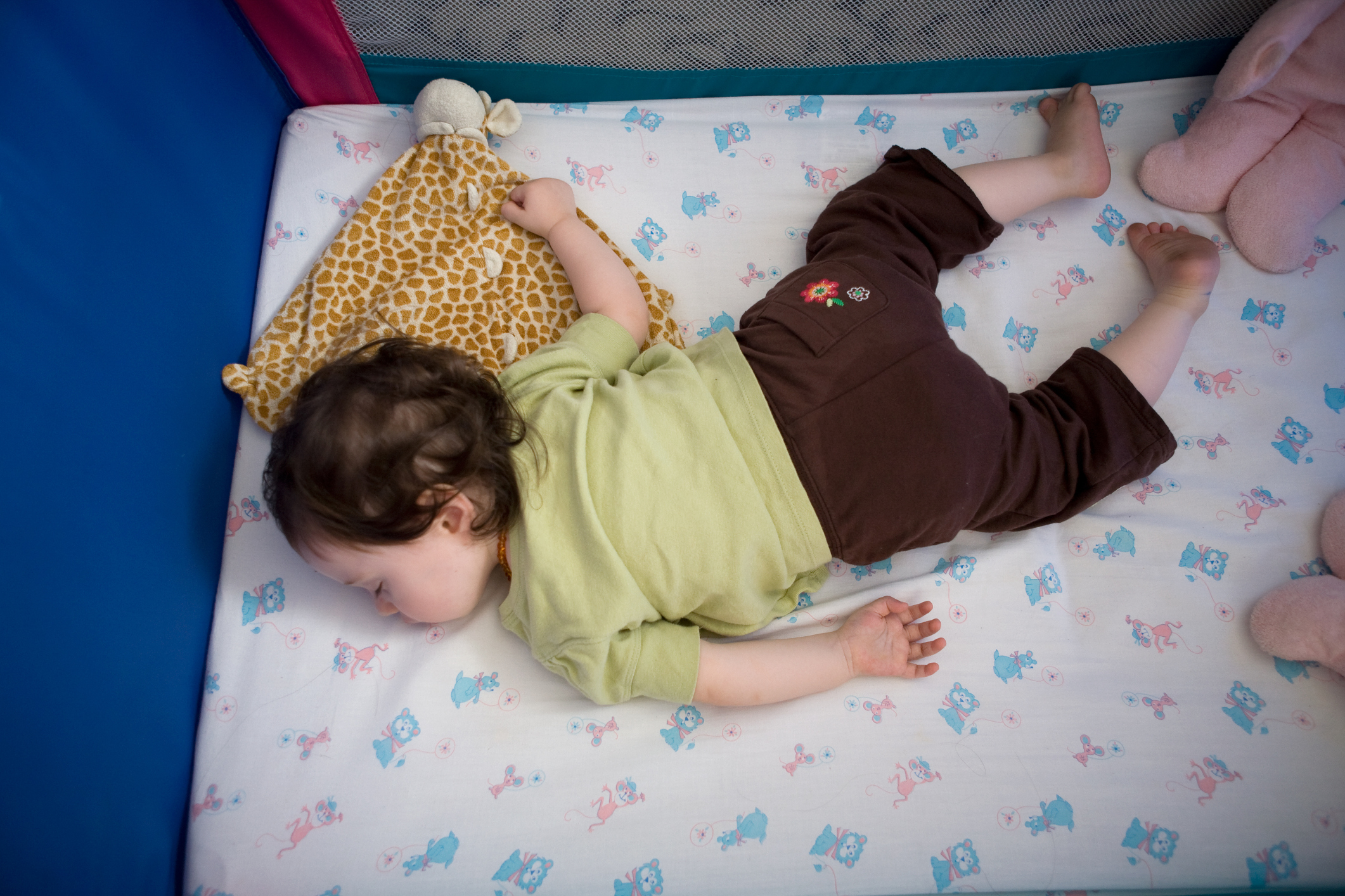 Help Toddler Sleep In Own Bed
