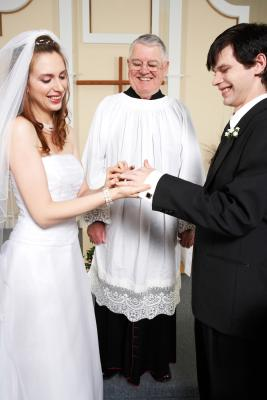 How Much Do You Pay Preachers For Weddings Budgeting Money