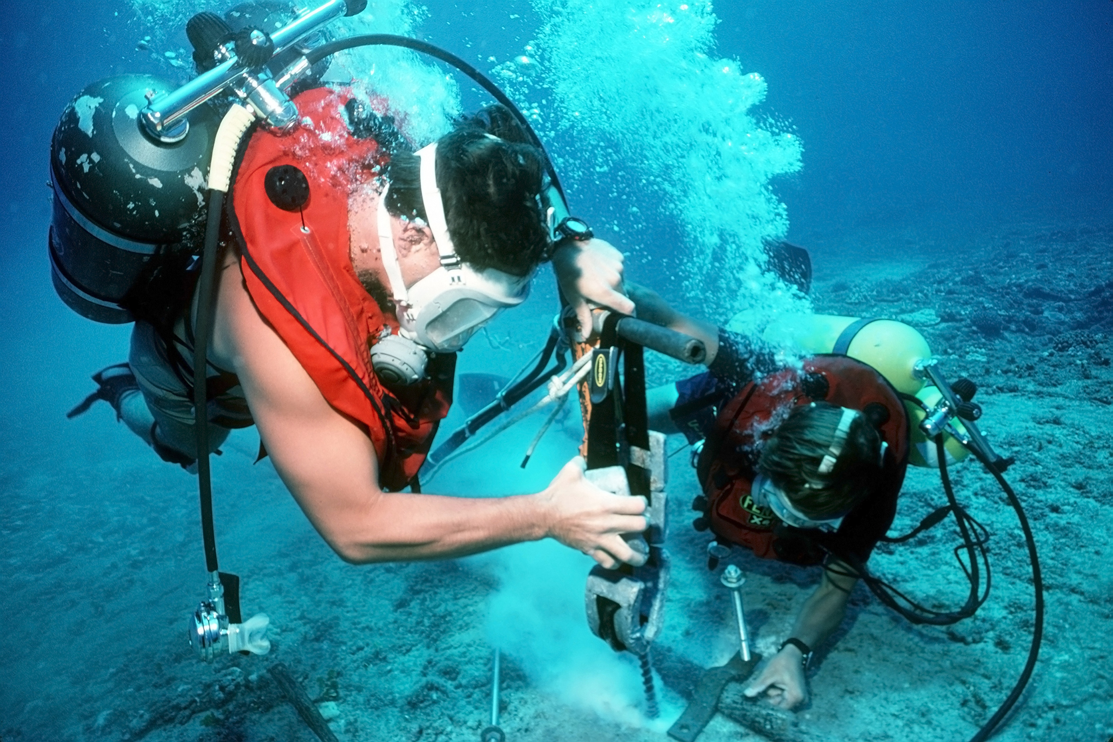underwater inspection diver salary