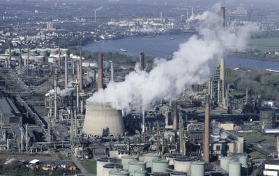 200248129-001 XS jpgQuema De Combustibles Fosiles