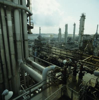 Careers in Oil Refining | Our Everyday Life