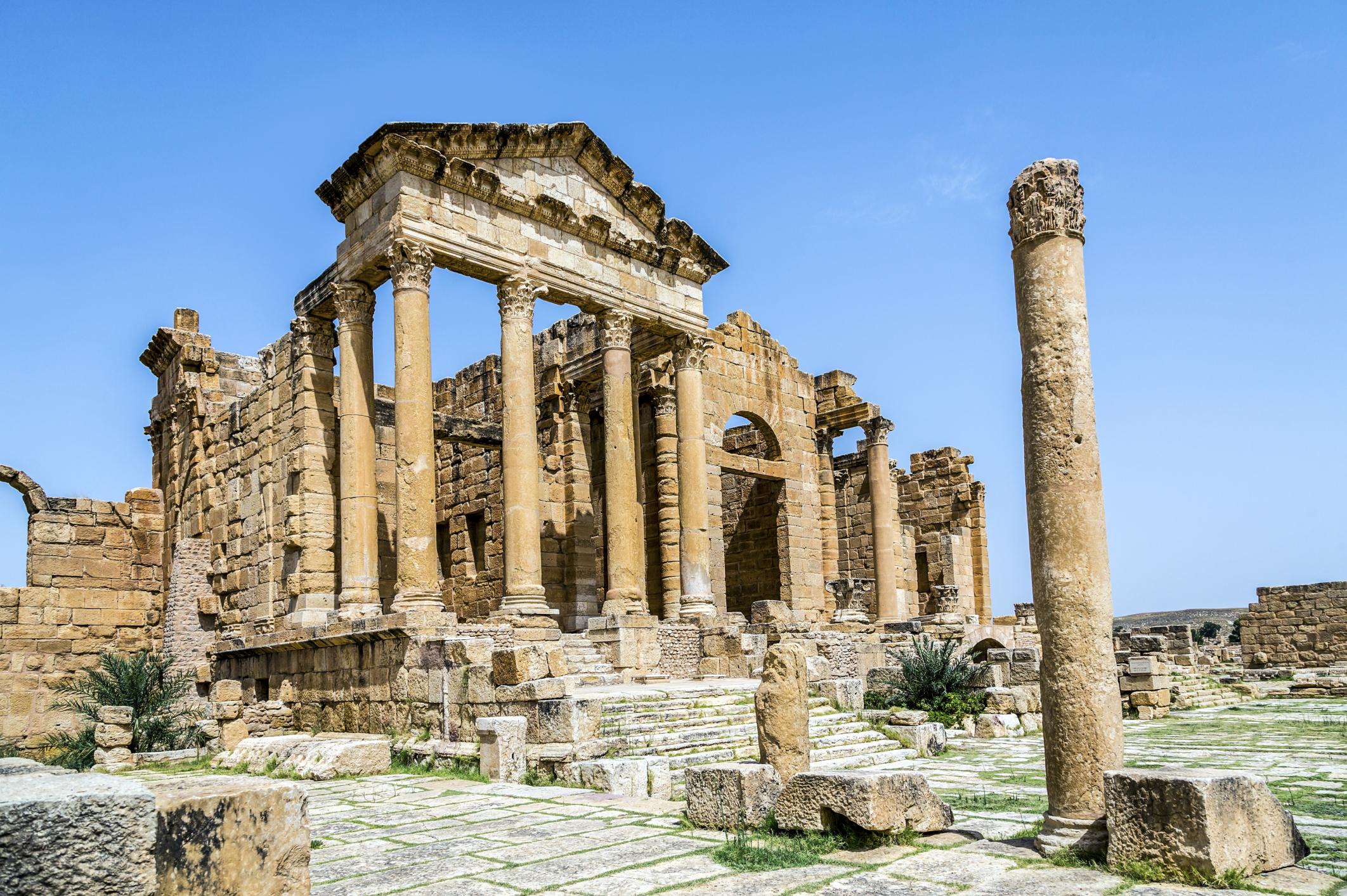 ancient roman taverns synonym