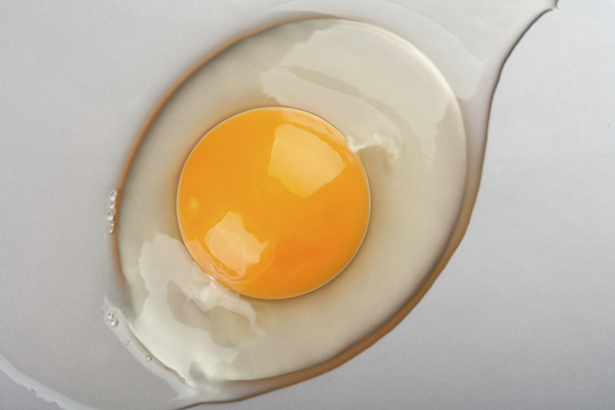 Raw eggs: the benefits or harm Which eggs are healthier: chicken or quail 5