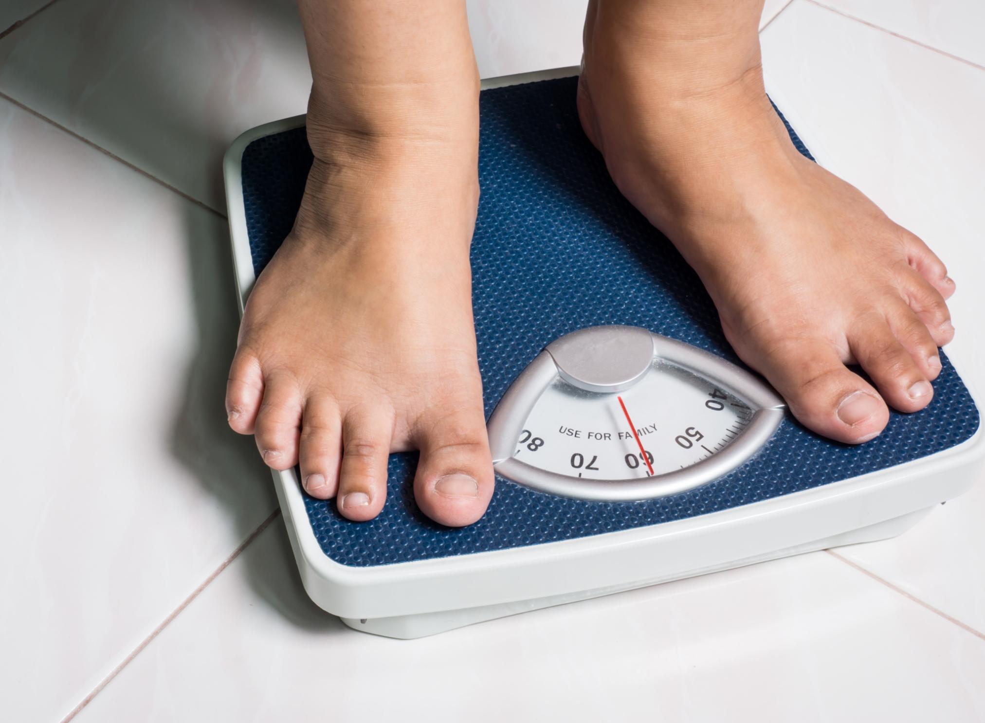 Weight-related medical organic green tea lemongrass weight loss liver cleanse massage